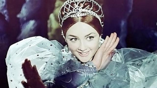 Самые красивые актрисы любимых сказок!